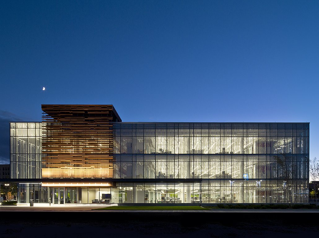 Wayne State University Integrative Biosciences Center, terraclad, sunscreen