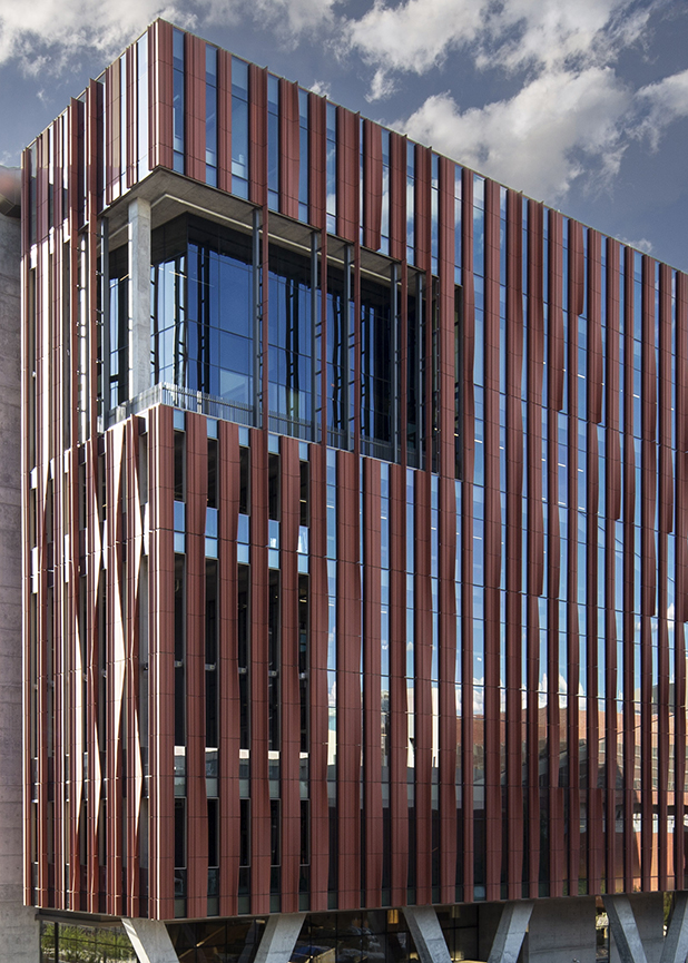 University of Arizona, Health and Sciences Innovation Builidng, CO Architects, Kovach, Boston Valley Terra Cotta, TerraClad® Sunshade, Tuscon Arizona