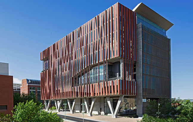 The University of Arizona Health and Science Innovation Building feature a TerraClad® Sunshade with custom twisted louvers, designed to rotate 90° on the building's facade